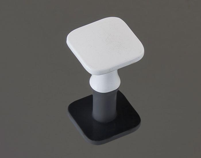 ידית כפתור בגימור לבן דגם 783130